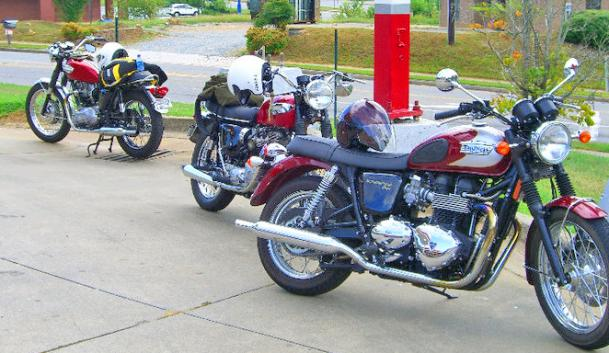 Click image for larger version  Name:bikes2.jpg Views:47 Size:52.0 KB ID:10022