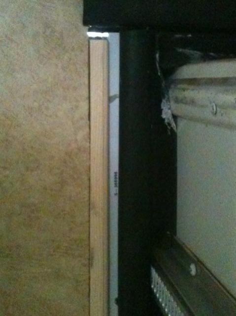 Click image for larger version  Name:inside bathroom.jpg Views:91 Size:32.3 KB ID:10347