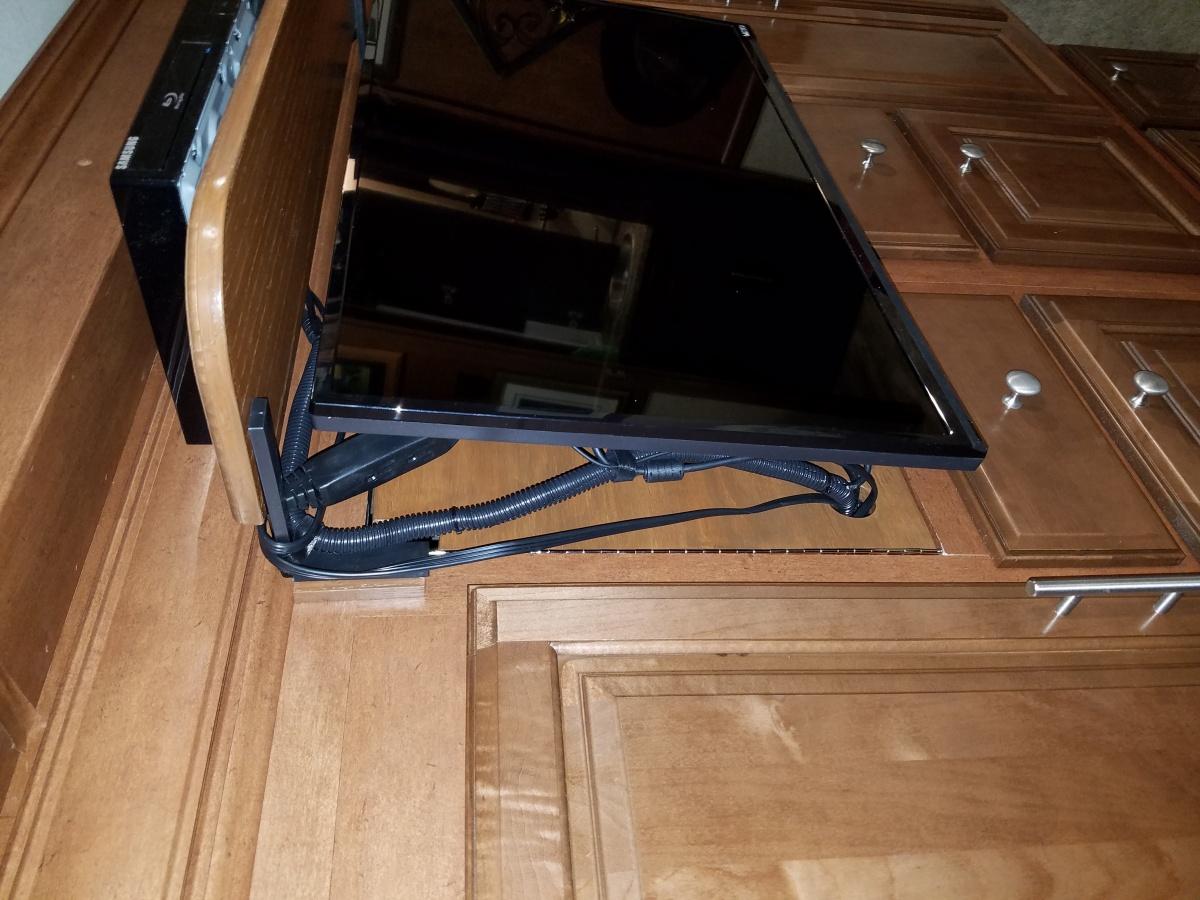 Click image for larger version  Name:Bed TV cabinet finished left side 3.jpg Views:196 Size:321.6 KB ID:103807