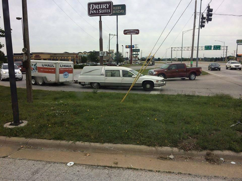 Click image for larger version  Name:Hearse pulling U Haul.jpg Views:122 Size:115.2 KB ID:104111
