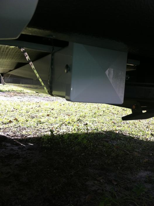 Click image for larger version  Name:Sewer hose holder.jpg Views:261 Size:51.9 KB ID:10536