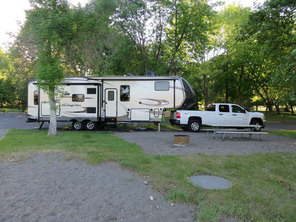 Click image for larger version  Name:1 1 a camper 2.jpg Views:105 Size:209.2 KB ID:106952