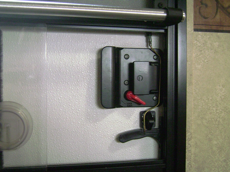 Click image for larger version  Name:Latch Mechanism.JPG Views:116 Size:206.4 KB ID:108295
