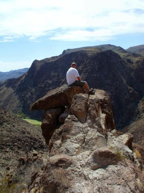 Click image for larger version  Name:sitting on rock.jpg Views:78 Size:49.1 KB ID:11054