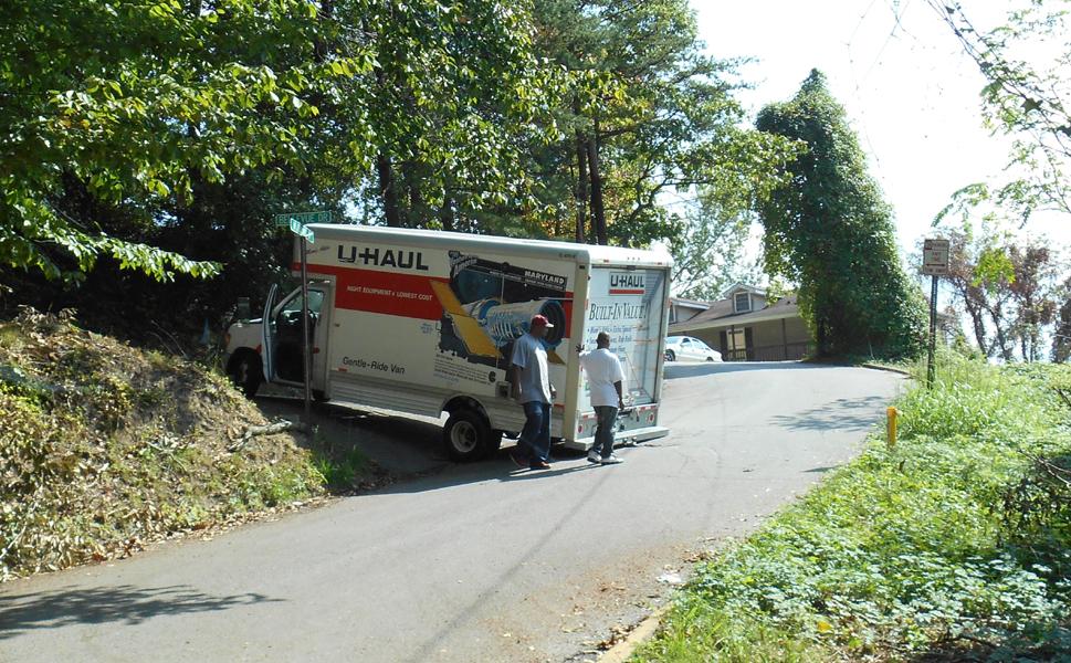 Click image for larger version  Name:UHaul truck bridged Charleston WV 2.jpg Views:198 Size:762.2 KB ID:111964