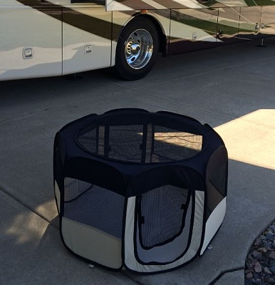 Click image for larger version  Name:Cat Carrier.JPG Views:72 Size:47.7 KB ID:112474