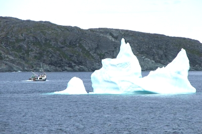 Click image for larger version  Name:iceberg.jpg Views:90 Size:42.7 KB ID:11257