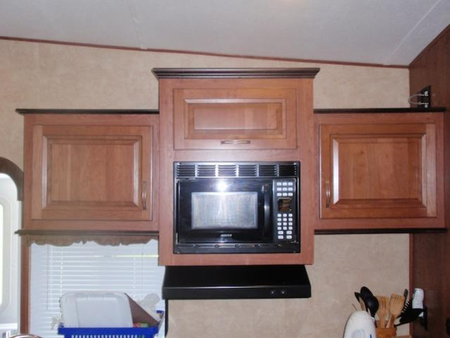 Click image for larger version  Name:wildcat new top cabinets.jpg Views:79 Size:33.5 KB ID:11279