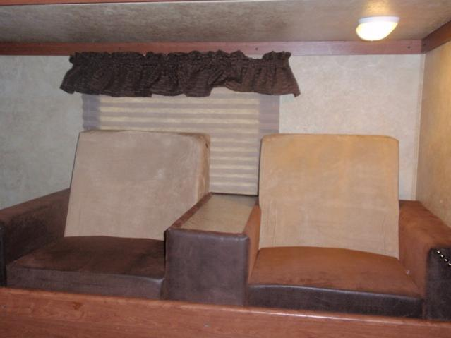 Click image for larger version  Name:wildcat bunk sofa.jpg Views:106 Size:28.7 KB ID:11280
