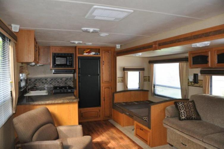 Click image for larger version  Name:interior1.jpg Views:66 Size:47.3 KB ID:11309