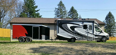 Click image for larger version  Name:Sunseeker with trailer.jpg Views:122 Size:342.8 KB ID:113629