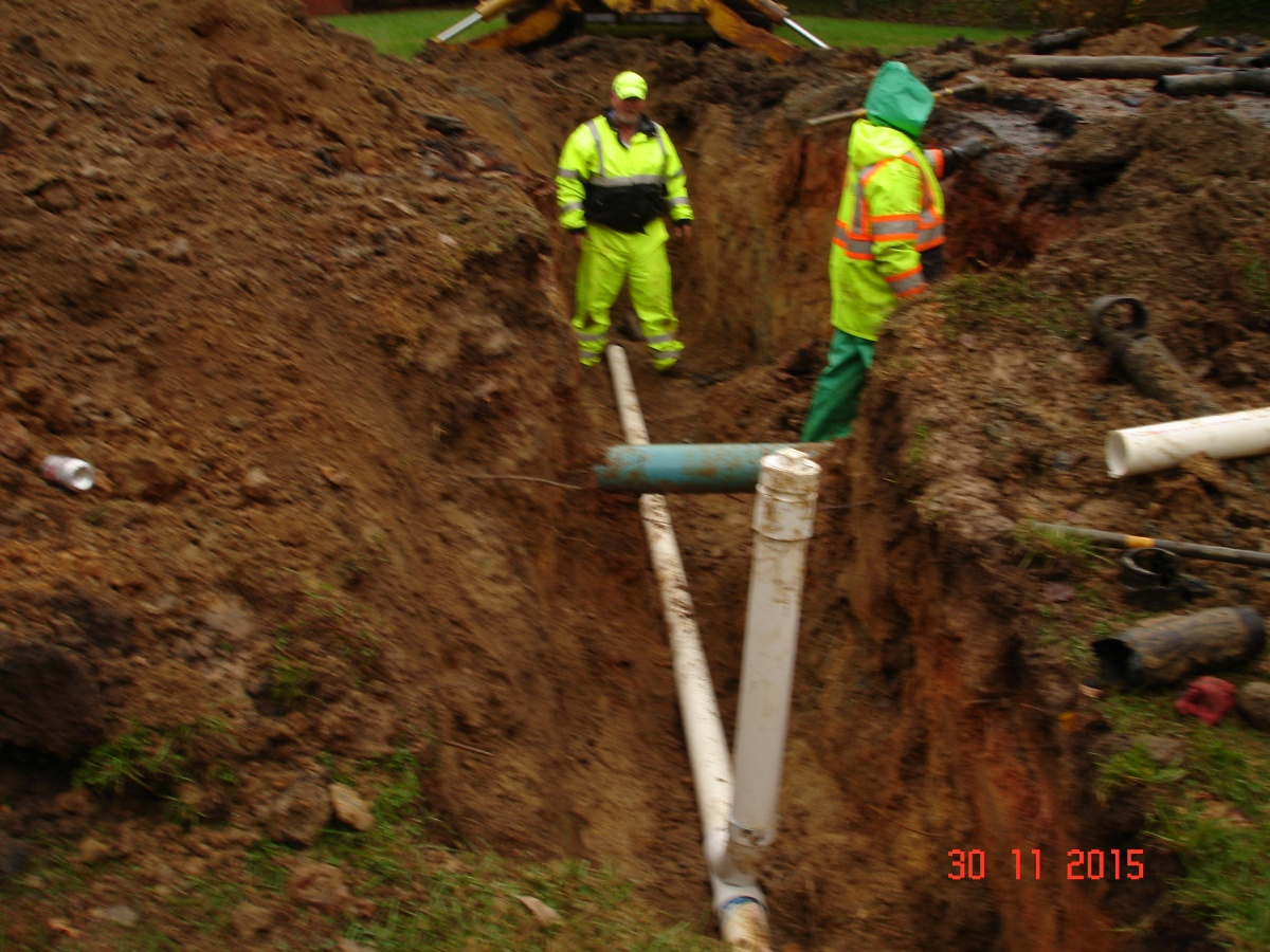Click image for larger version  Name:sewer line repair 003.jpg Views:93 Size:378.9 KB ID:118708