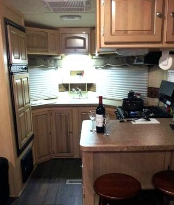 Click image for larger version  Name:V-Lite Kitchen.jpg Views:125 Size:44.8 KB ID:11937