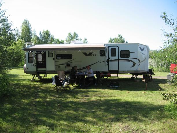 Click image for larger version  Name:Battleford campground 005.jpg Views:113 Size:54.6 KB ID:11946