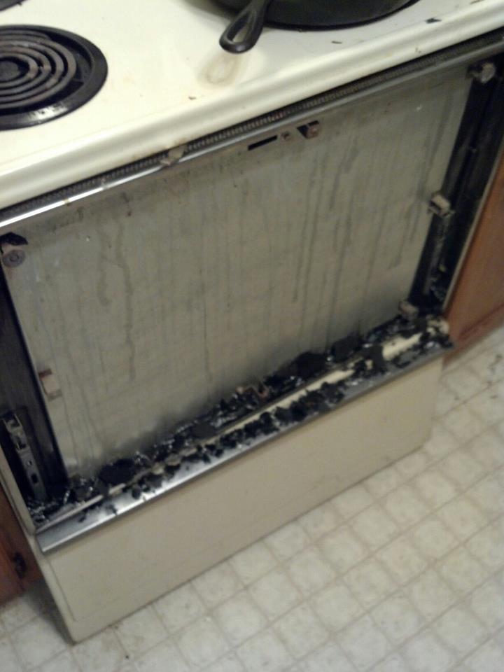 Click image for larger version  Name:stove.jpg Views:209 Size:54.8 KB ID:121044