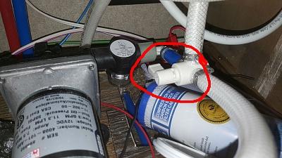 Click image for larger version  Name:valve under bathroom sink marked up.jpg Views:112 Size:286.1 KB ID:129434
