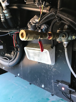 Click image for larger version  Name:Air Chuck Shutoff on Berkshire.jpg Views:124 Size:312.4 KB ID:133606