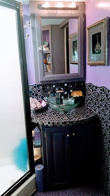 Click image for larger version  Name:11 Bathroom 1 20160911_125445.jpg Views:86 Size:85.5 KB ID:133767