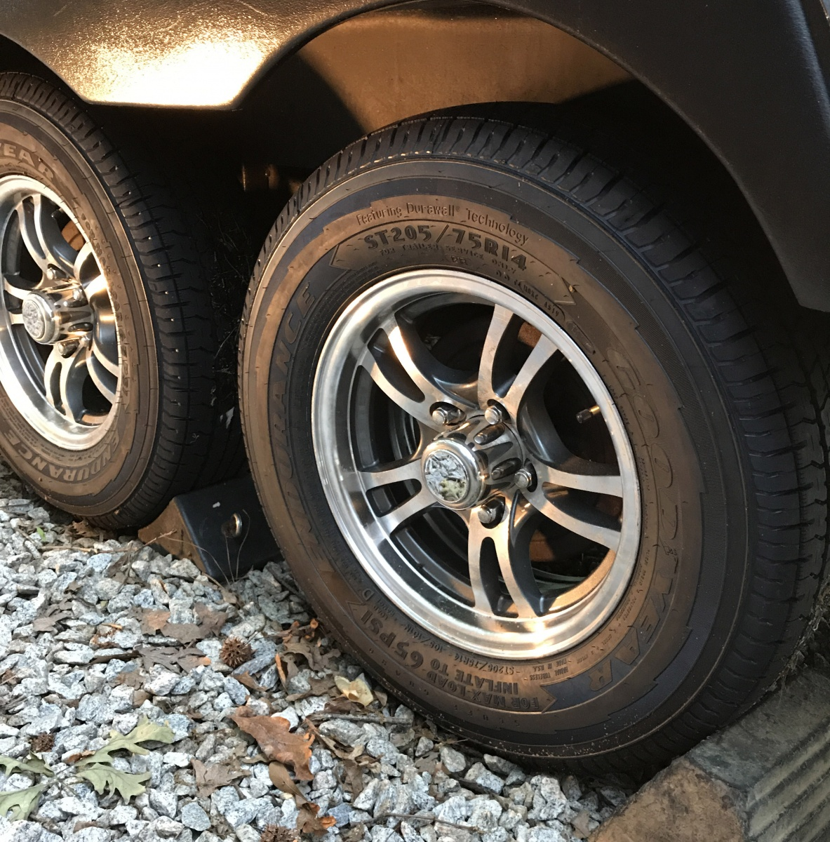 Goodyear Endurance Tires Installed With Trailer Lift Pictures