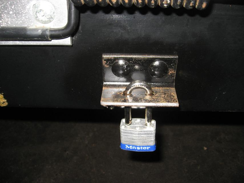 Click image for larger version  Name:BRACKET ON BUMPER FOR LOCK.jpg Views:105 Size:52.3 KB ID:13619