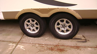 Click image for larger version  Name:New Driverside GY Endurance Tires.jpg Views:137 Size:229.9 KB ID:138926