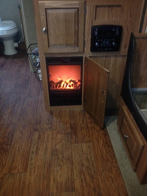 Click image for larger version  Name:mod_fireplace.jpg Views:67 Size:275.4 KB ID:142999