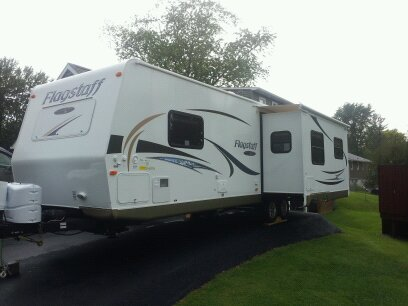 Click image for larger version  Name:new camper 017.jpg Views:60 Size:30.0 KB ID:14584