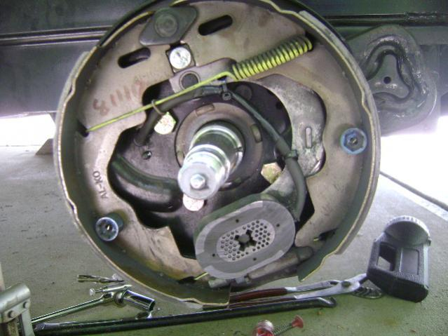 Click image for larger version  Name:Brake wire anchored.jpg Views:87 Size:47.8 KB ID:14814