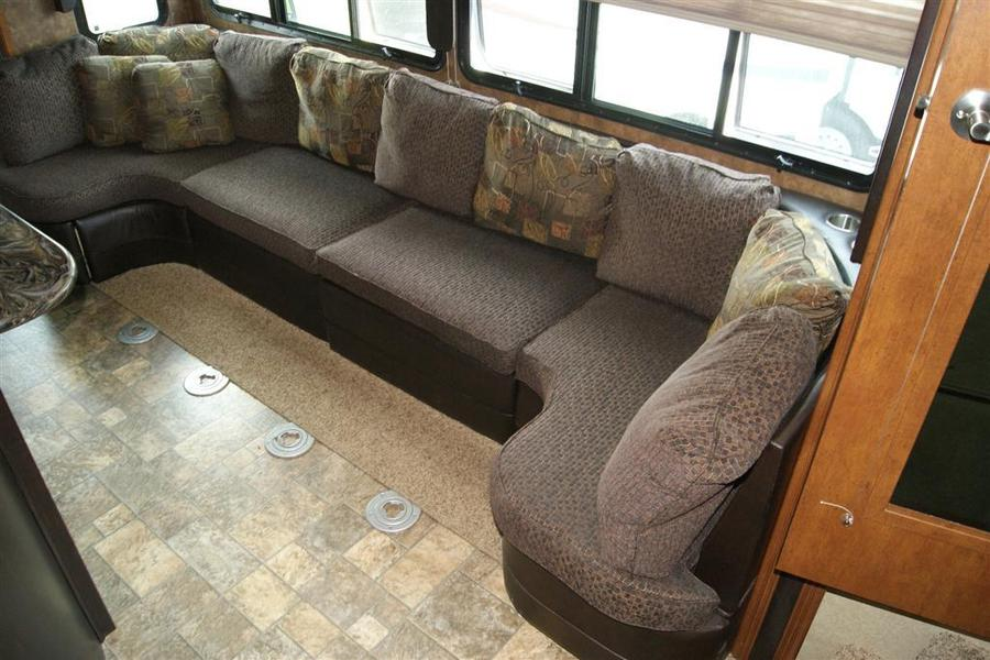 Click image for larger version  Name:XLR Couch.jpg Views:28 Size:85.3 KB ID:151956