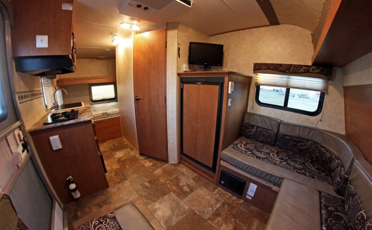 Click image for larger version  Name:Apex Front Interior-5829.jpg Views:89 Size:254.6 KB ID:155501