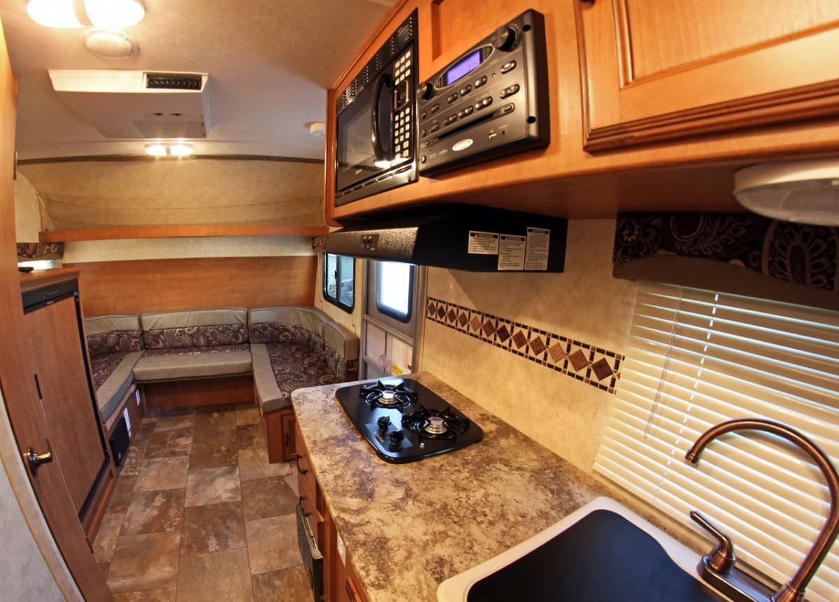 Click image for larger version  Name:Apex Front Interior-5822.jpg Views:86 Size:337.5 KB ID:155502