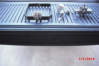 Click image for larger version  Name:battery box lock $30.00 dual propane tank lock $30.00 tongue hitch lock $30.00.jpg Views:98 Size:357.3 KB ID:159702