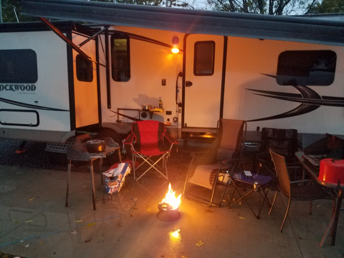 Big Red Or Little Red Campfire Forest River Forums