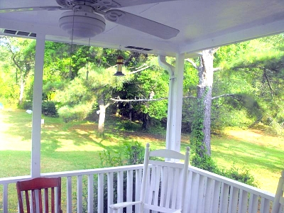 Click image for larger version  Name:small_porch.jpg Views:104 Size:85.3 KB ID:1623