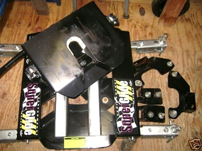 Click image for larger version  Name:Includes Mounting plates.jpg Views:1346 Size:41.1 KB ID:16467