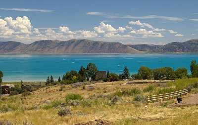 Click image for larger version  Name:1200px-Bear_Lake.jpg Views:58 Size:182.5 KB ID:164683