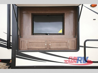 Click image for larger version  Name:outside tv.JPG Views:43 Size:76.8 KB ID:165529