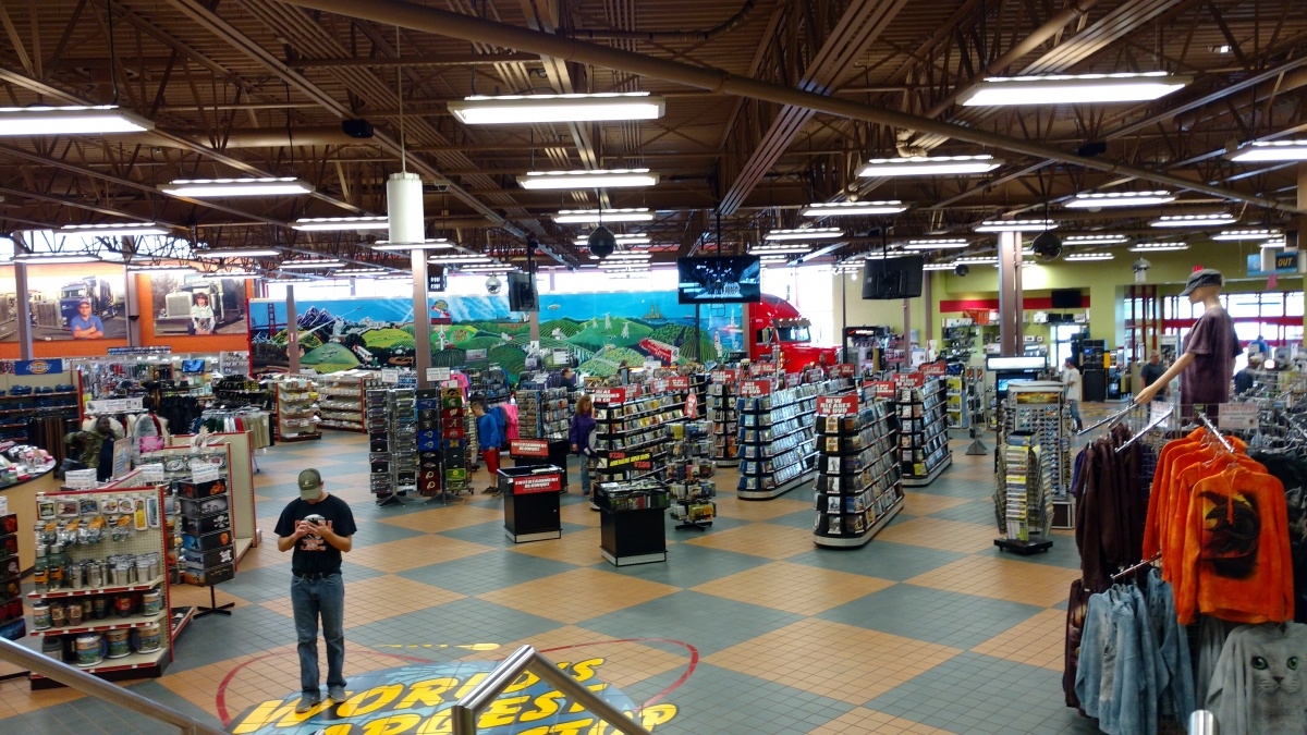 Click image for larger version  Name:Worlds Largest Truck Stop.jpg Views:26 Size:425.8 KB ID:169720