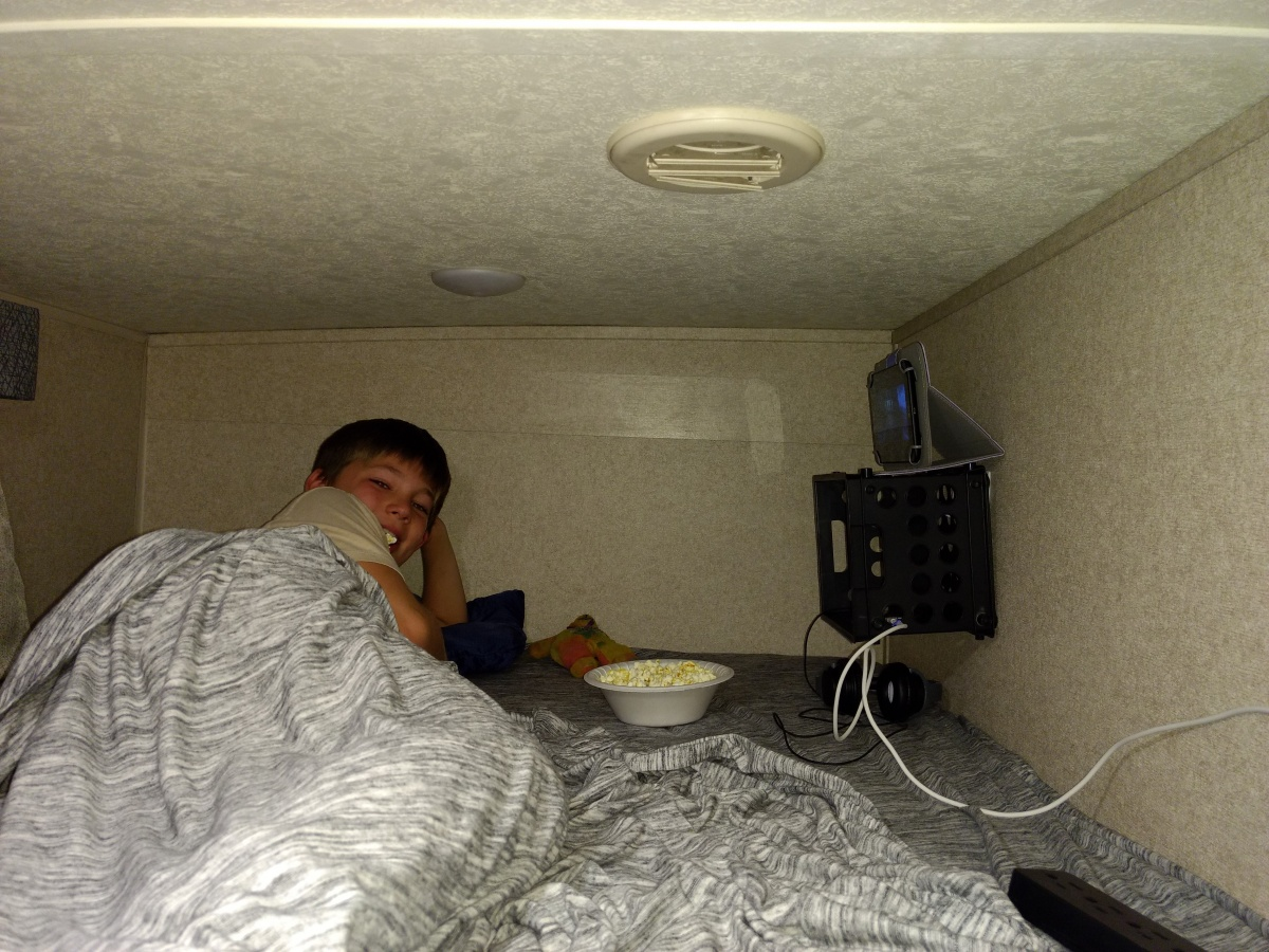 Click image for larger version  Name:connor_bunkbed.jpg Views:220 Size:407.7 KB ID:172954