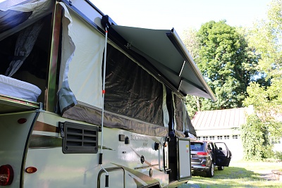 Click image for larger version  Name:awning partially open.jpg Views:126 Size:328.1 KB ID:178676