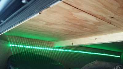 Click image for larger version  Name:Awning lights Storage Green.jpg Views:40 Size:200.9 KB ID:183241