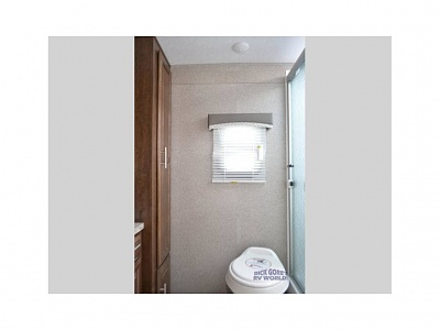 Click image for larger version  Name:11 Bathroom.jpg Views:191 Size:29.0 KB ID:185085