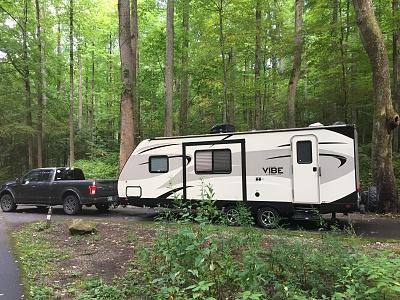Click image for larger version  Name:trusk + camper - L side 2.jpg Views:64 Size:596.4 KB ID:185676