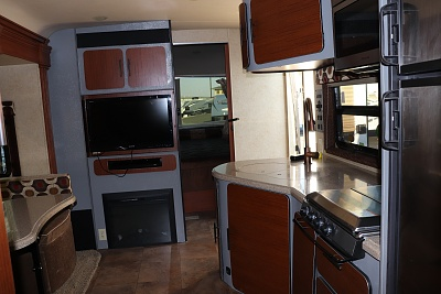 Click image for larger version  Name:av painted cabinets 1.jpg Views:55 Size:256.3 KB ID:191092