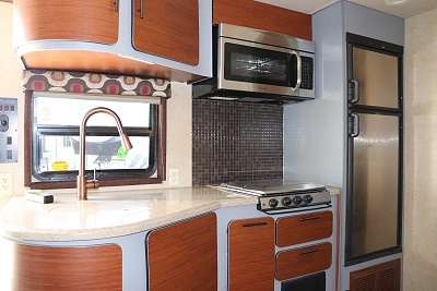 Click image for larger version  Name:av painted cabinets.jpg Views:53 Size:312.6 KB ID:191093