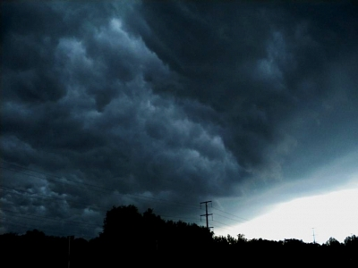 Click image for larger version  Name:storm 1.jpg Views:218 Size:31.1 KB ID:19178