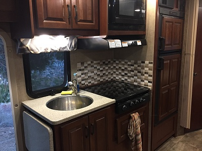Click image for larger version  Name:RV_kitchen.jpg Views:101 Size:314.6 KB ID:192213