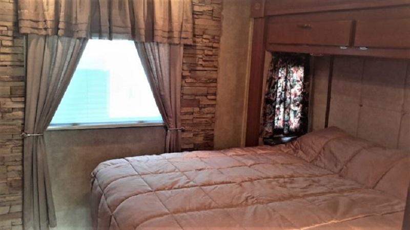 Click image for larger version  Name:I - Bedroom.jpg Views:34 Size:91.8 KB ID:192615
