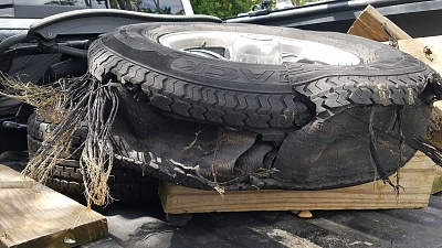 Click image for larger version  Name:Last tire.jpg Views:48 Size:346.5 KB ID:198786