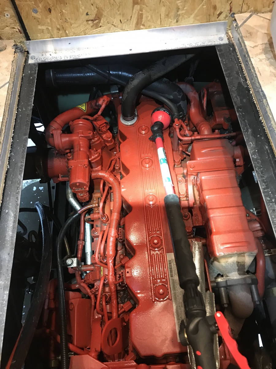 Click image for larger version  Name:Engine 2.jpg Views:43 Size:413.7 KB ID:199088